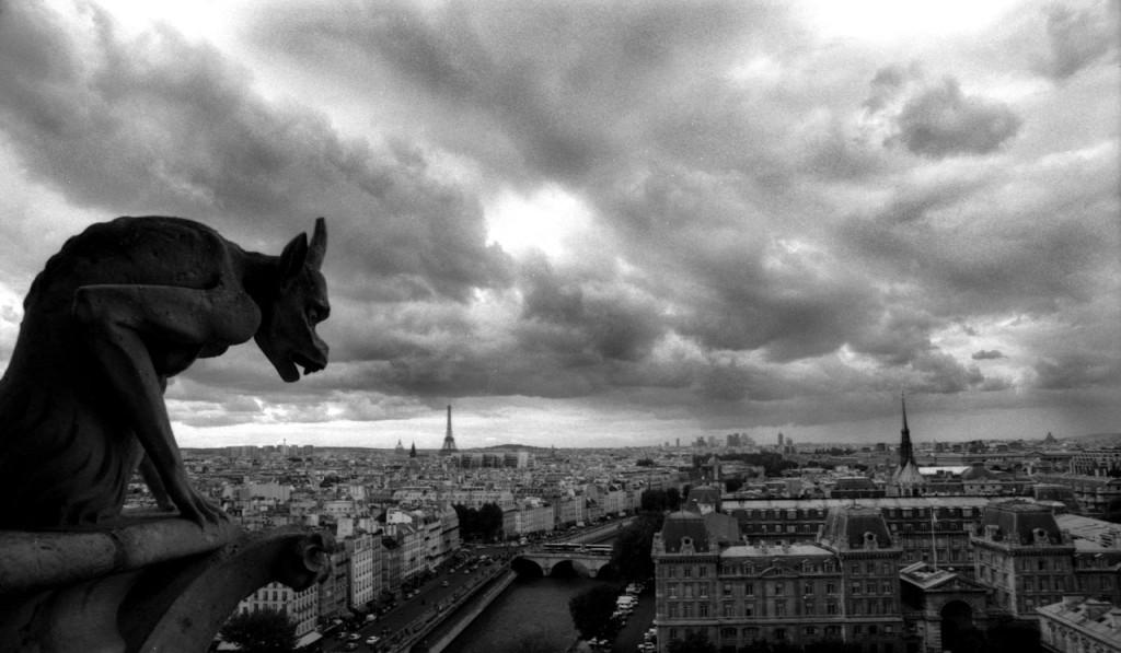 GARGOYLE_NOTRE_DAME,PARIS_2006