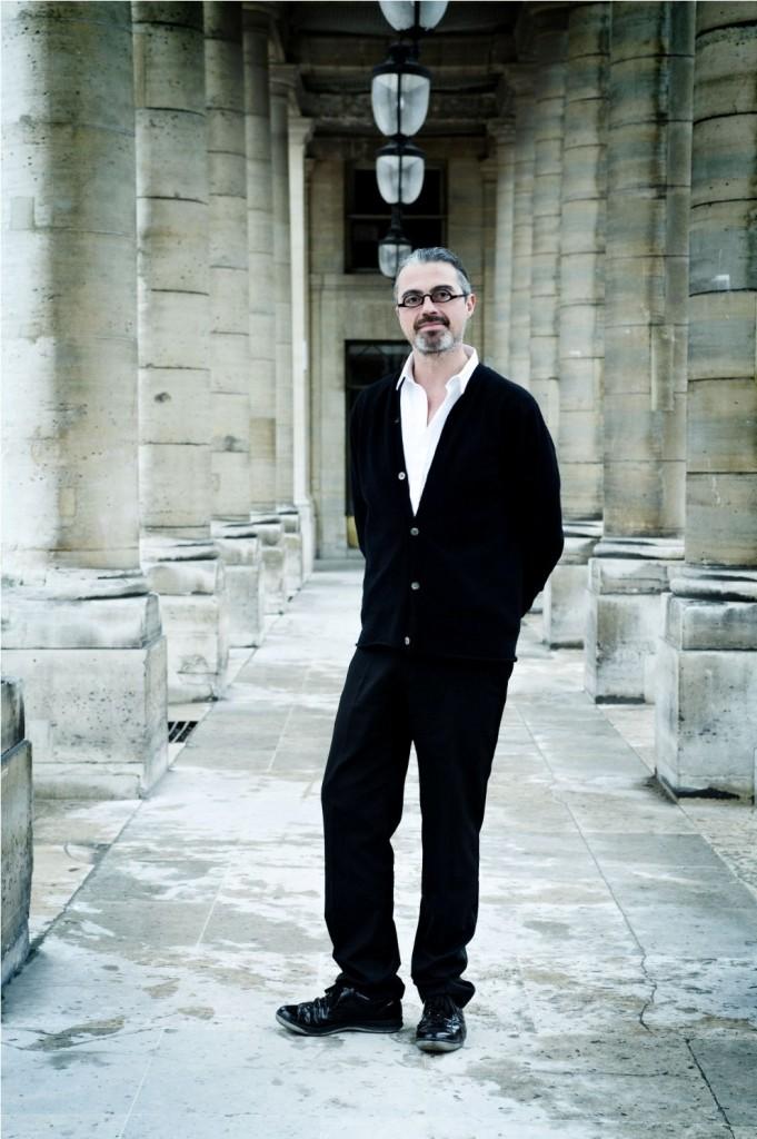 filhakikat-Gérald Ghislain'in koku kütüphanesi
